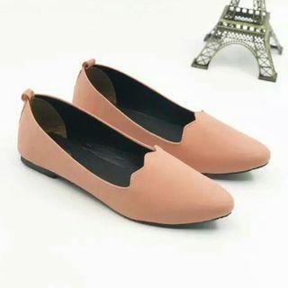 Flat Shoes Peach size 40