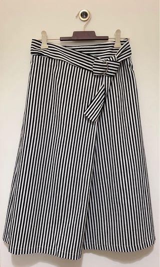 🚚 韓式風格條紋長裙