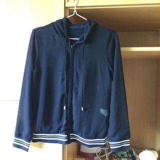 🚚 夏天薄外套 可雙面穿 深藍