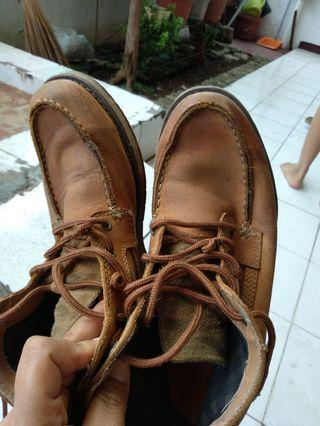 Sepatu kulit earth keepers import UK 40