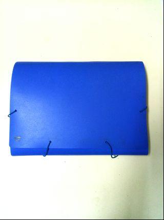 🚚 藍色多層資料夾