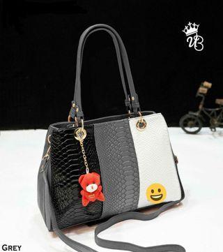 🚚 Ladies handbags