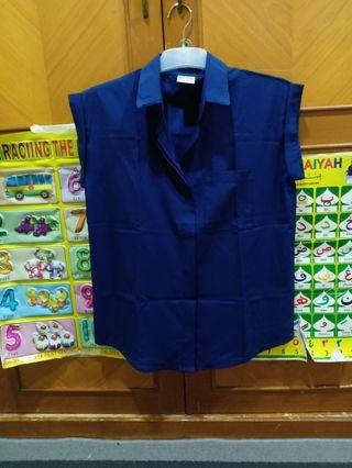 Blouse navy by Magnolia