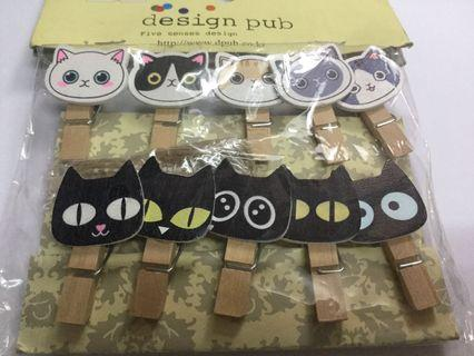 Cats Wooden Clips Set