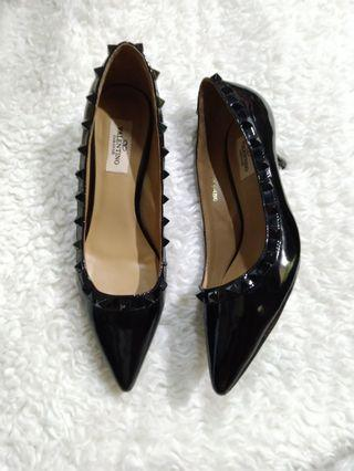 Valentino heels size 37 with code