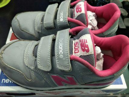 Sepatu anak Size 31Warna Grey