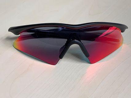 Oakley M Frame Sweep Red Iridium interchangeable lens, hard carrying case, pouch and replacement nose pieces