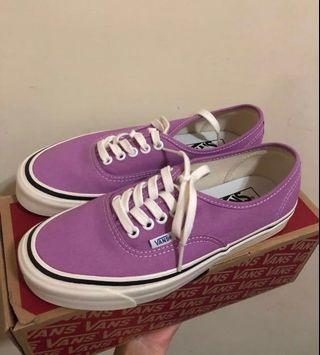 🚚 Vans Authentic 44DX