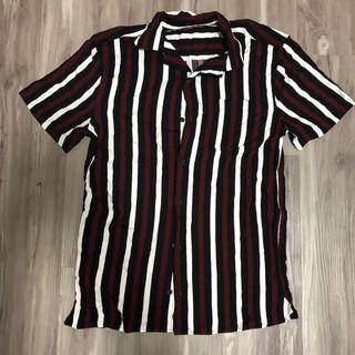 🚚 Cotton on vintage shirt