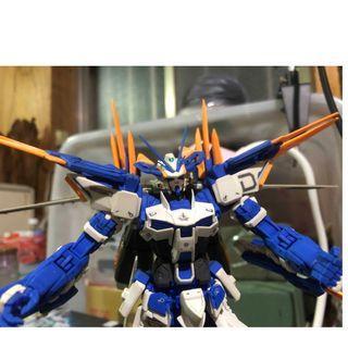 萬代MG1/100 藍異端D型 組裝完成品 缺腰部兩把大刀 請勿用高標準看待
