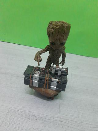 RUSH SALE : GROOT ACTION FIGURE TOYS