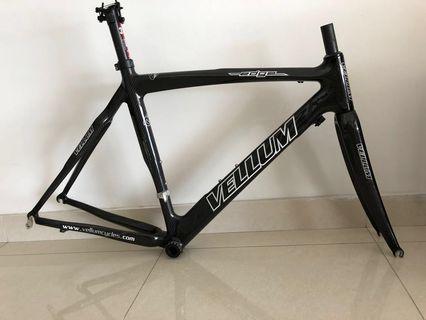VELLUM EDGE carbon frame  51cm