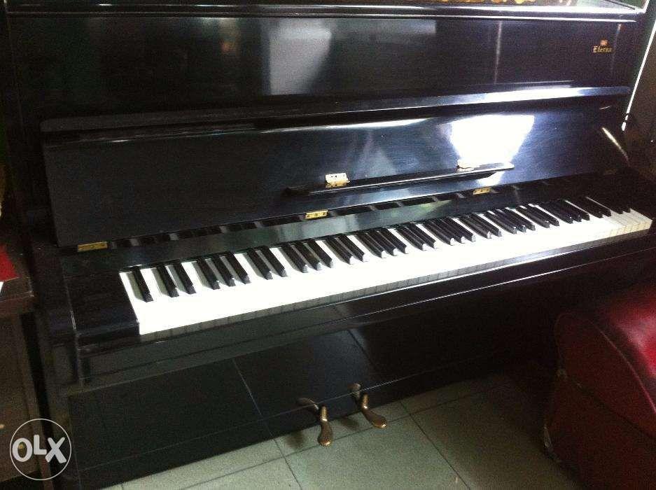 upright grand electric japan piano sale yamaha kawai roland korg music media music. Black Bedroom Furniture Sets. Home Design Ideas
