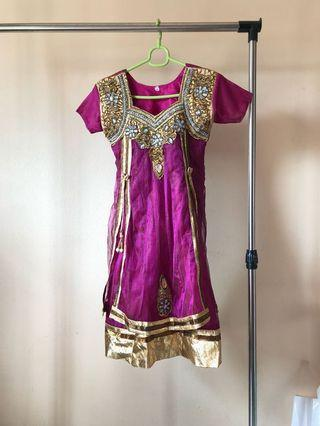Indian wear /Costume/ dress/ Punjabi/ chudithar/ churidar