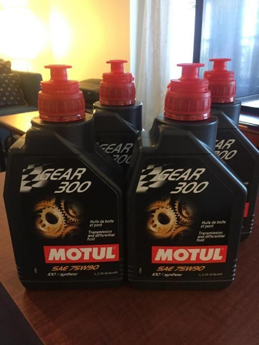 Motul Gear 300 75W90 4 liters on Carousell