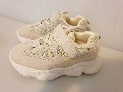童鞋(淺米色)
