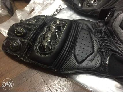 MOTORCYCLE GLOVES - View all MOTORCYCLE GLOVES ads in
