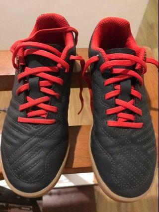 97cdf8b2e1a36 Decathlon Kipsta Futsal Football Soccer Kids Shoes