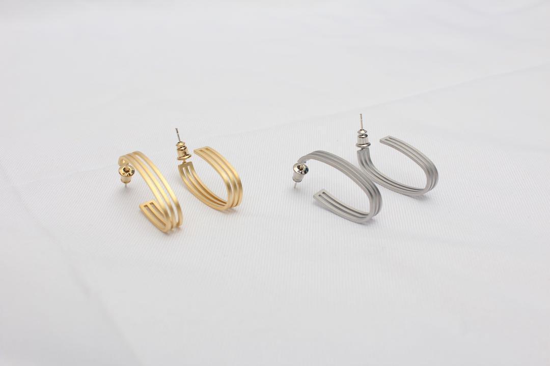 (全新)線條彎曲耳環