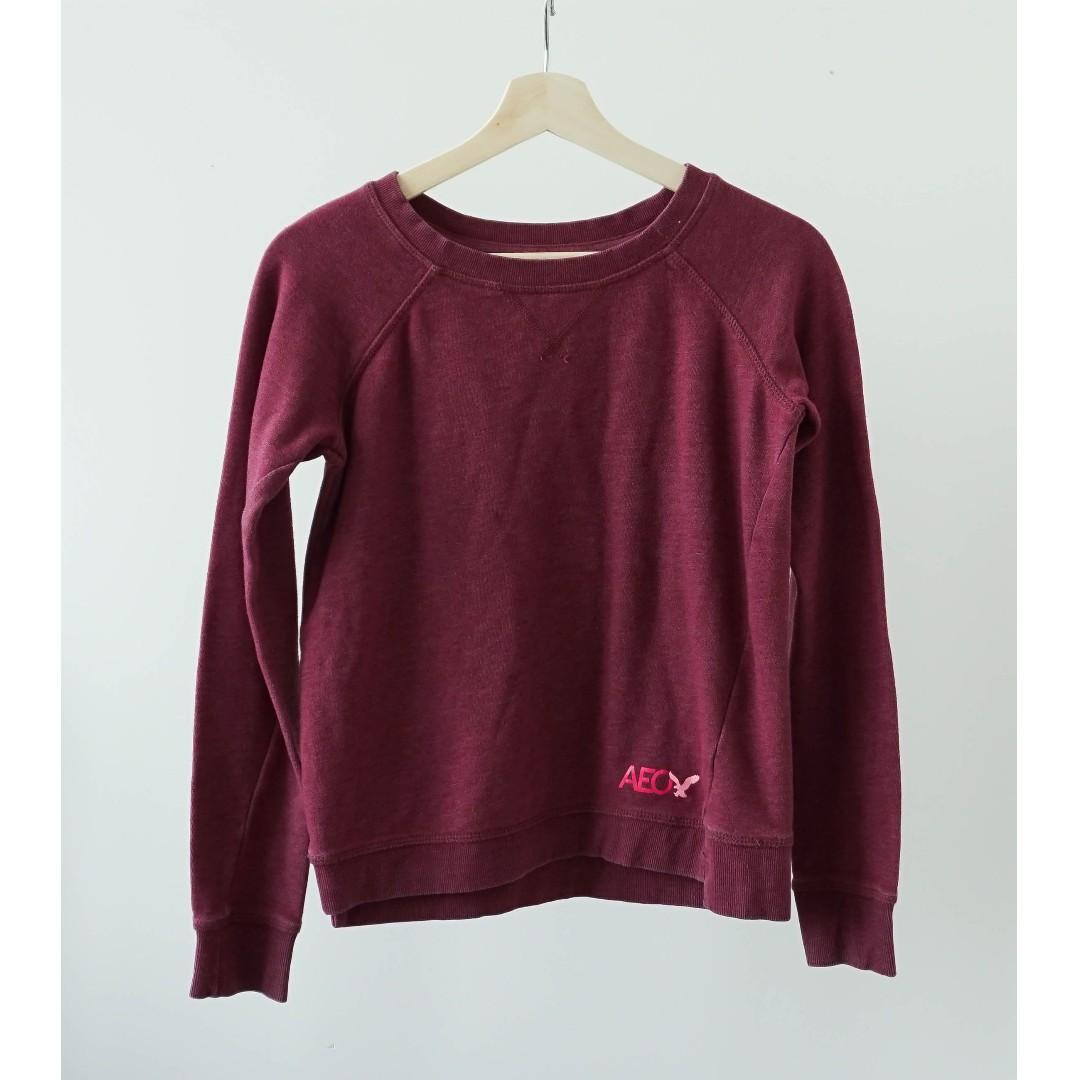 American Eagle red long sleeve sweater with fleece (XS/S)