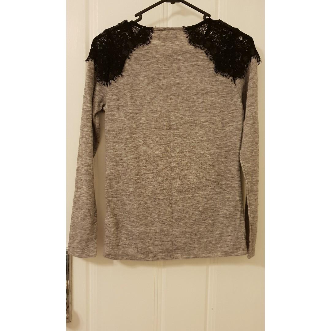 Dotti Grey Long Sleeve Top With Black Lace Shoulders, Size: XS, Hardly Worn.