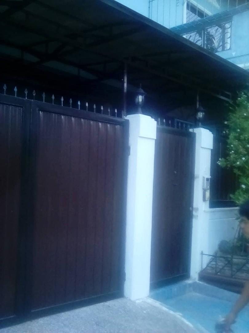 Iron Works: gates, window grills, railingw, trusses, etc.
