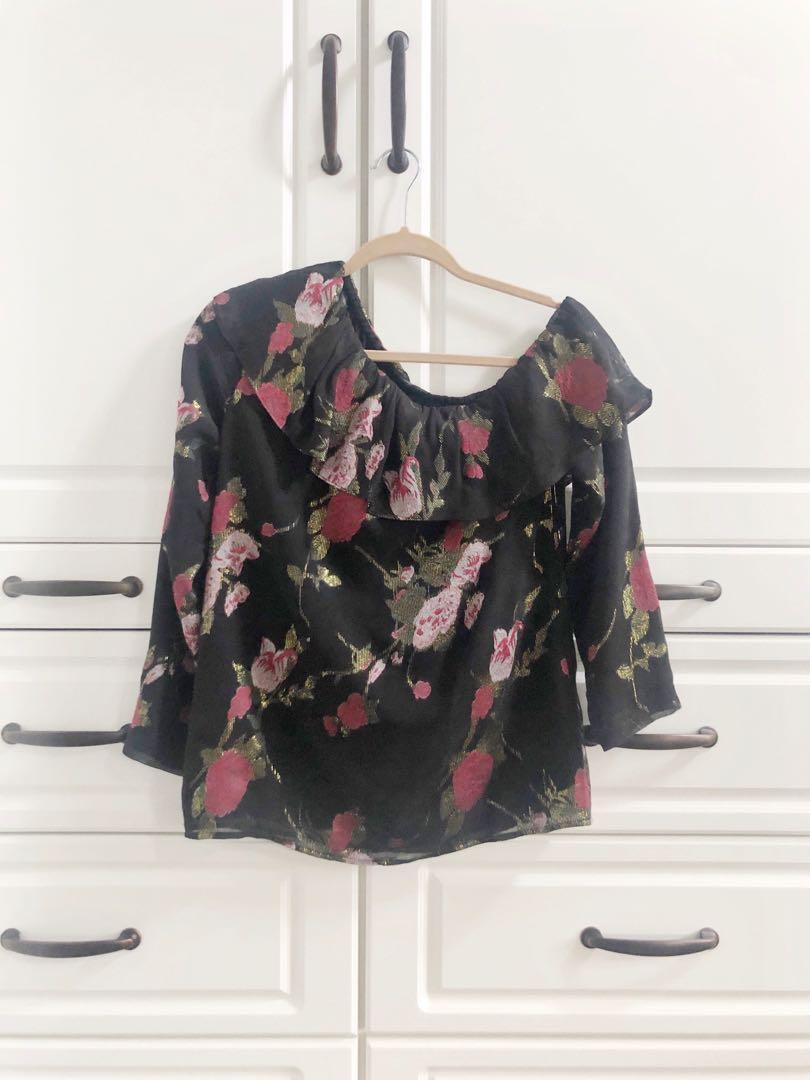 NWOT Club Monaco one shoulder black floral silk blouse - Size XS