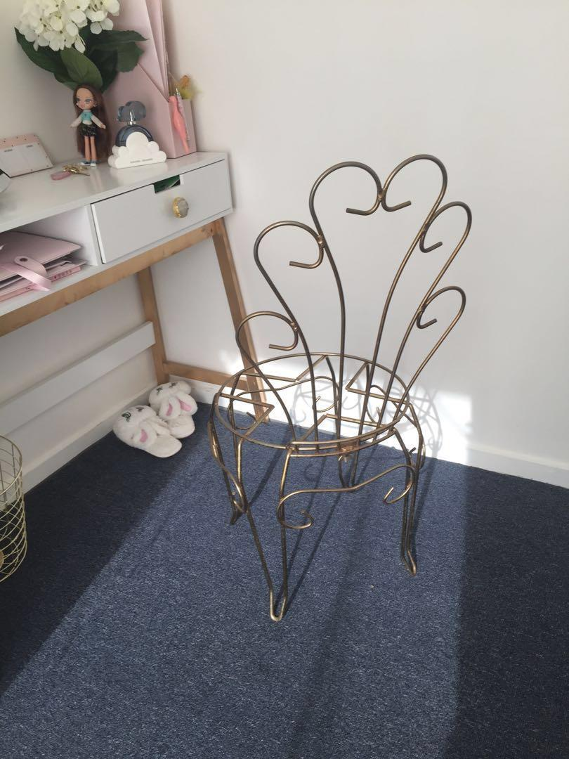 Ornate vintage retro rococo gold bedroom chair frame