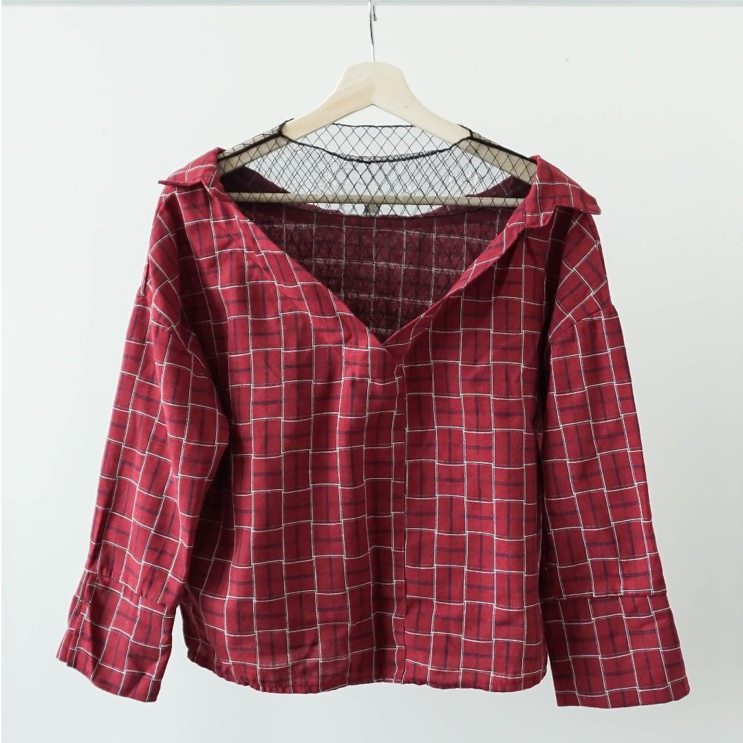 Red mock two piece sheer 3/4 sleeve shirt top (XS/S)