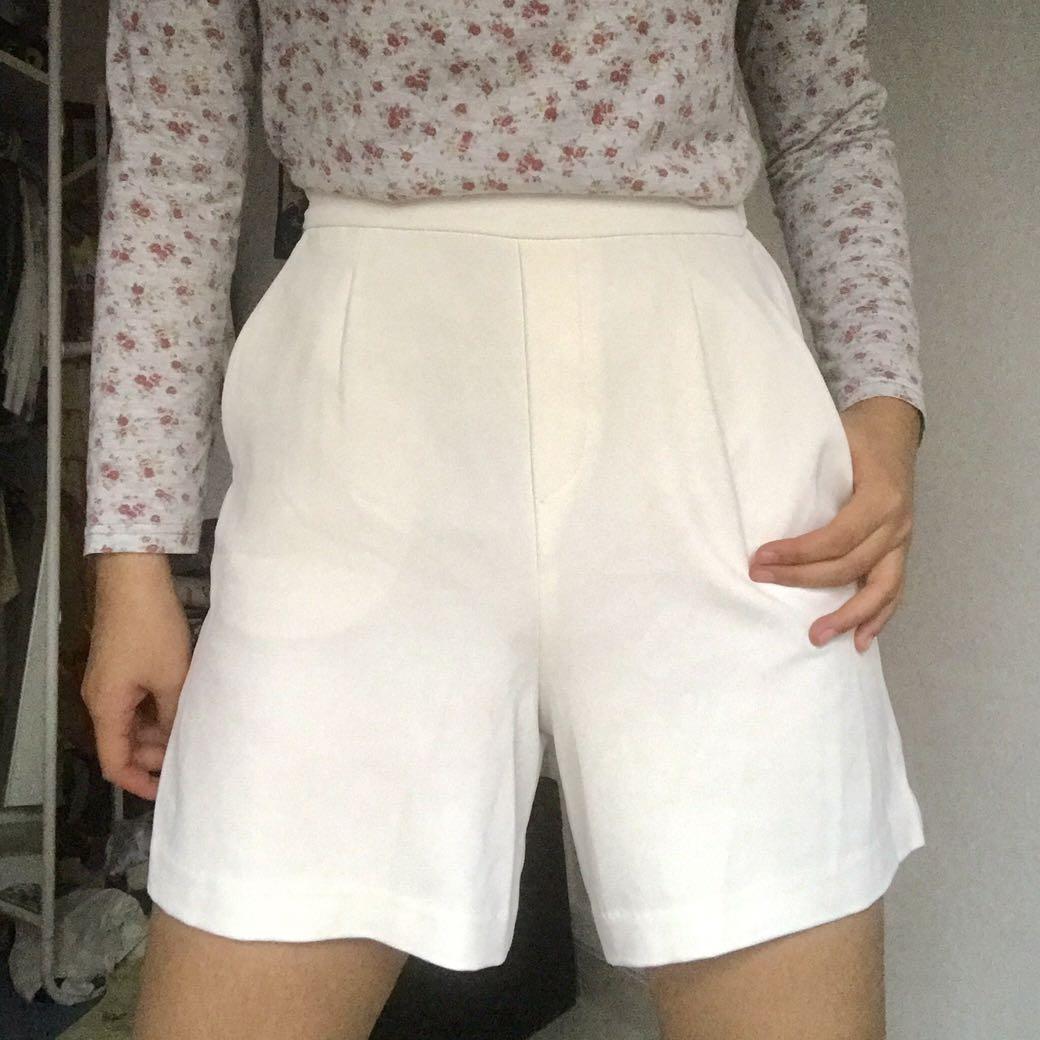 uniqlo white culottes pants