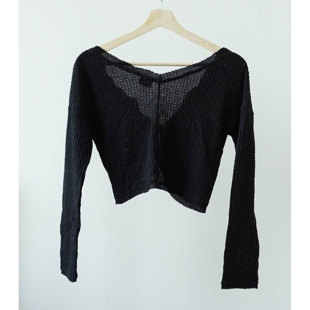 Urban Outfitter Black two ways twisted knot knit crop top (XS/S)