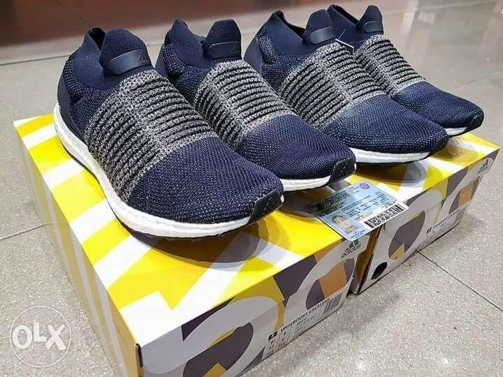 Adidas Ultra Boost Laceless Navy Blue