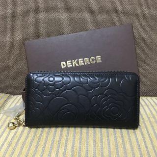 韓國帶回 禮品 Dekerce  玫瑰壓紋牛皮拉鍊長夾