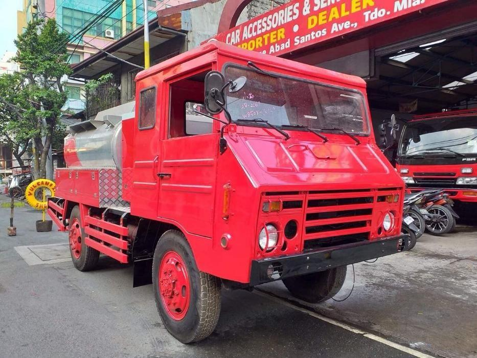 Hino WB503 4X4 Japan Military Type Aluminum Fuel Tanker