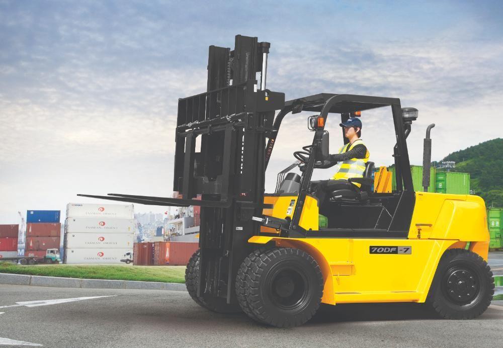 7 Tons Capacity Hyundai Diesel Forklift
