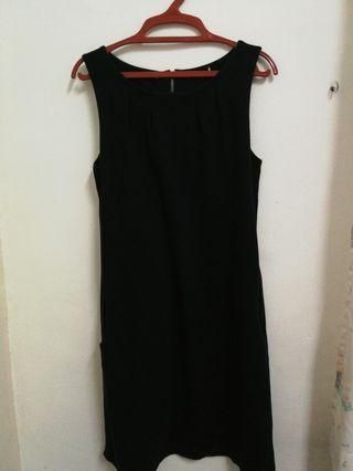 Esprit black dress with side pockets