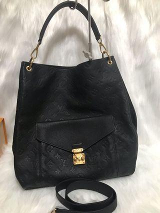 🚚 [FINAL 1780$]Louis Vuitton Metis Hobo Black Empriente Leather