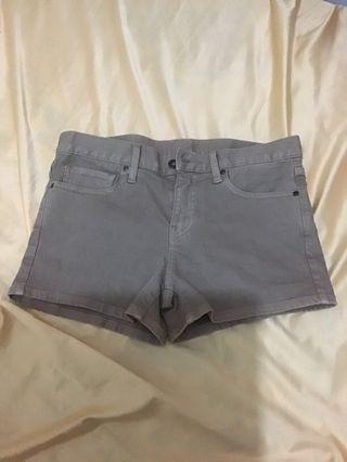 自出價!99.9%新嘅UNIQLO深杏色短褲(買咗一直擺係到