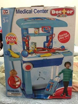 🚚 醫生行李箱二合一玩具組