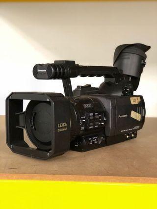 Panasonic AG-DVX102B
