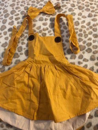 Toots Kids size 00 Mustard/Nude pinnys