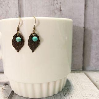 🚚 Handmade Earrings $5 for 2 set