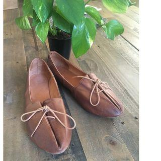 Brown leather flats - size 37