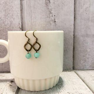 🚚 Handmade Dangling Earrings $5 for 2 set