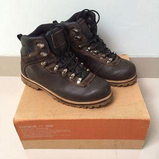 Eiger boots