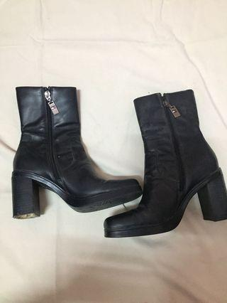 Authentic Tommy Hilfiger leather boots