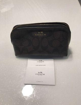 Coach cosmetic pouch in Dark Brown