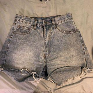 Brandy Melville denim shorts M