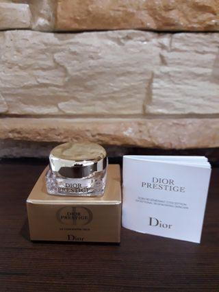Authentic Dior Prestige Le Concentre Yeux
