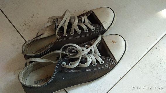 Converse allstar slim sepatu bekas